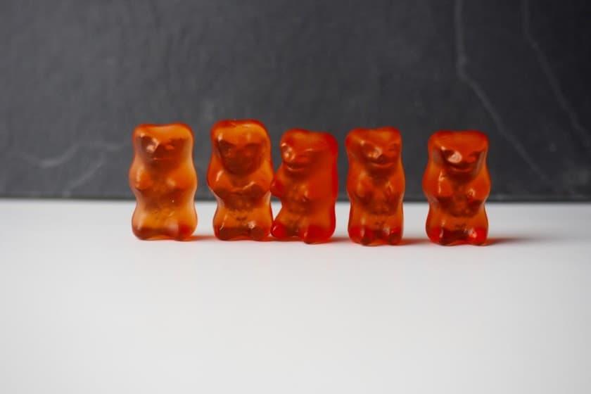 Hell rote Gummibärchen von HARIBO