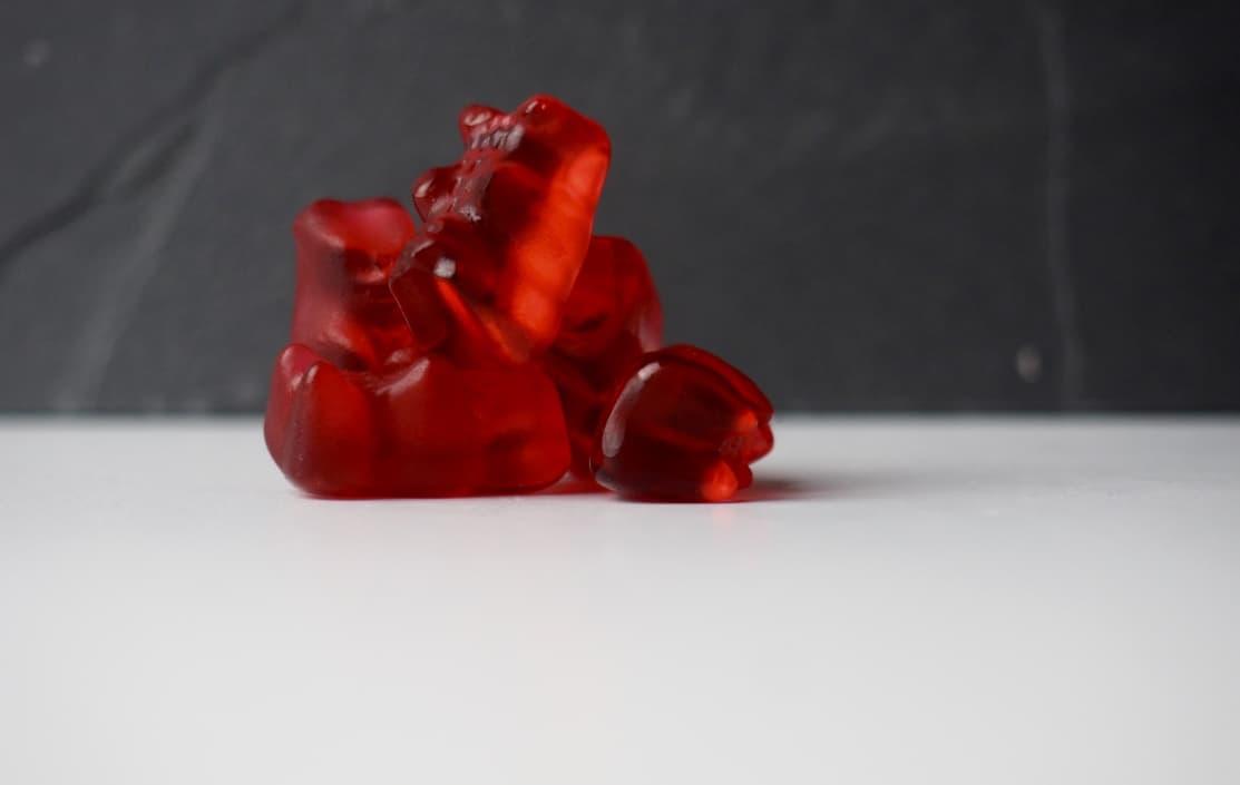 Rote Gummibärchen von Haribo